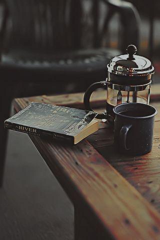 Cafea / Monday Moodboard / Silviu Tolu